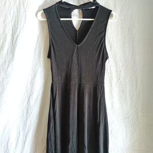 Sadie & Sage black midi dress Sz Medium